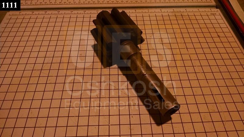 Dump Hoist Hydraulic Pump shaft with Spur Gear - Used Serviceable