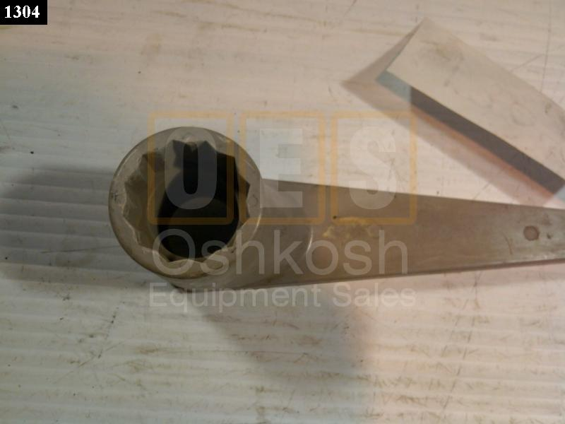 Load Terminal Lug Wrench - Used Serviceable