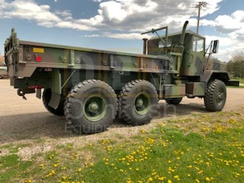 6x6 & 8X8 Military Cargo Trucks - Oshkosh Equipment