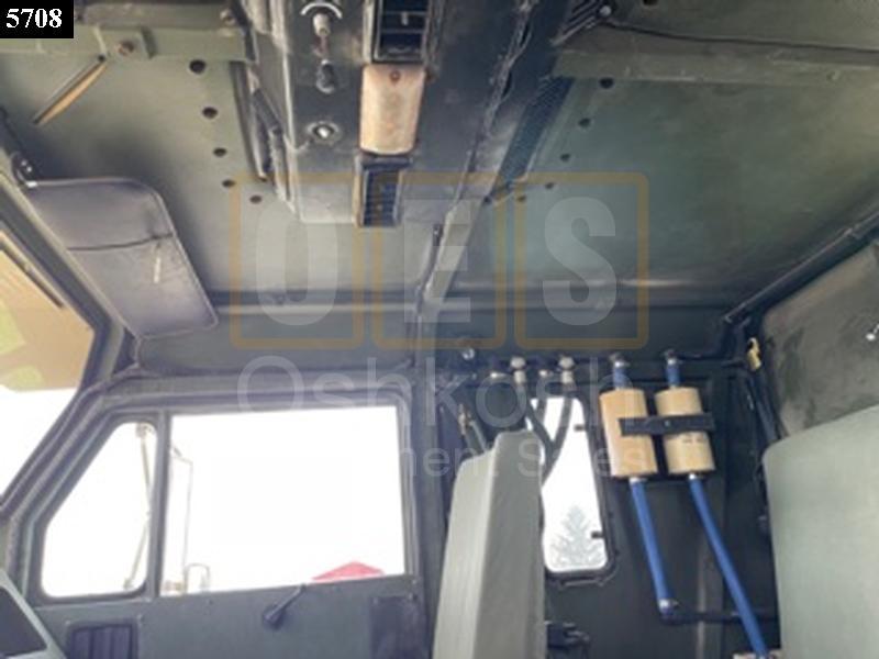M1070 8X8 HET MILITARY HEAVY HAUL TRACTOR TRUCK (TR-500-75) - Rebuilt/Reconditioned