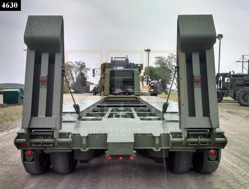 M747 60 Ton Military Lowboy Trailer (T-1100-34) - Rebuilt/Reconditioned